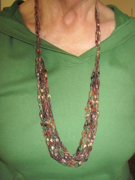 ladder yarn necklace instructions